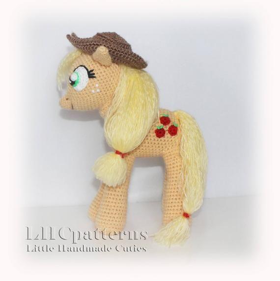 Applejack Inspired Pattern, My Little Pony Inspired Pattern, crochet pony pattern, orange pony pattern, horse crochet pattern #crochetpony