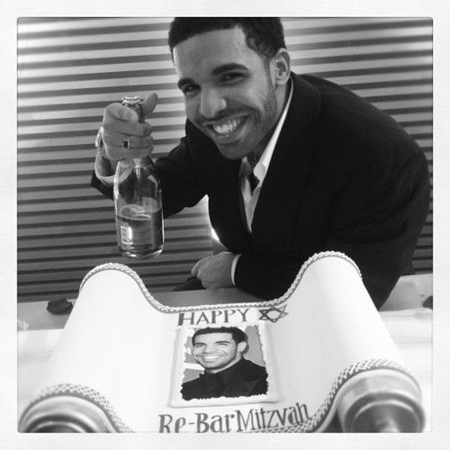 drake jewish single women Drake is jewish he lived and went to  is drake dating anyone  he has gotten into confrontations over women and currently has beef with several rappers, .