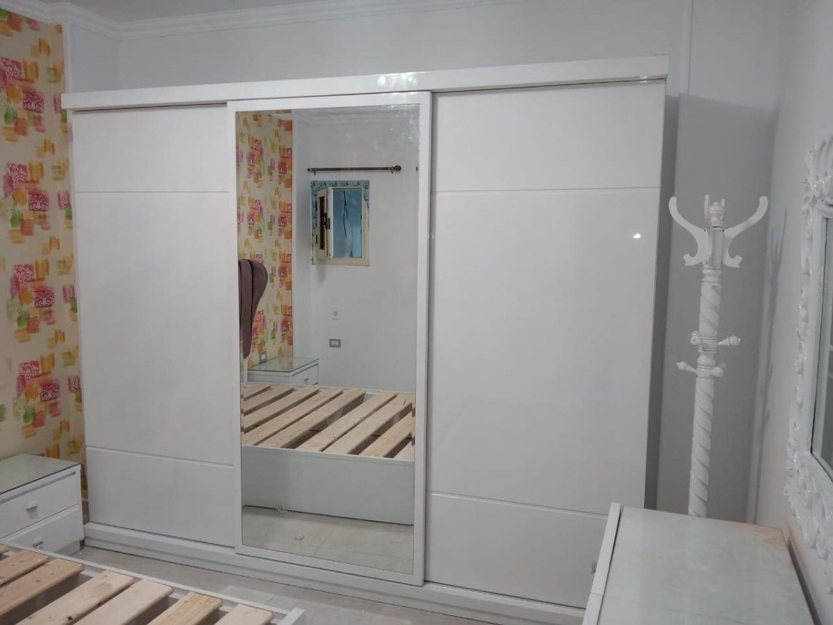 غرف نوم مودرن كاملة بيضاء بالدولاب جرار تسريحه مودرن كلاسيك Furniture