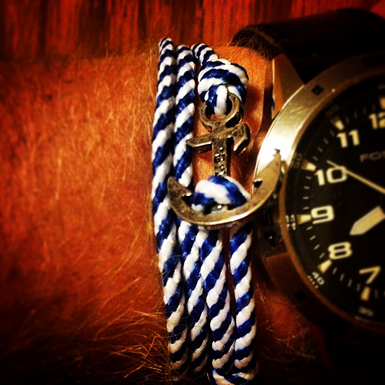 Thread Etiquette anchor bracelet