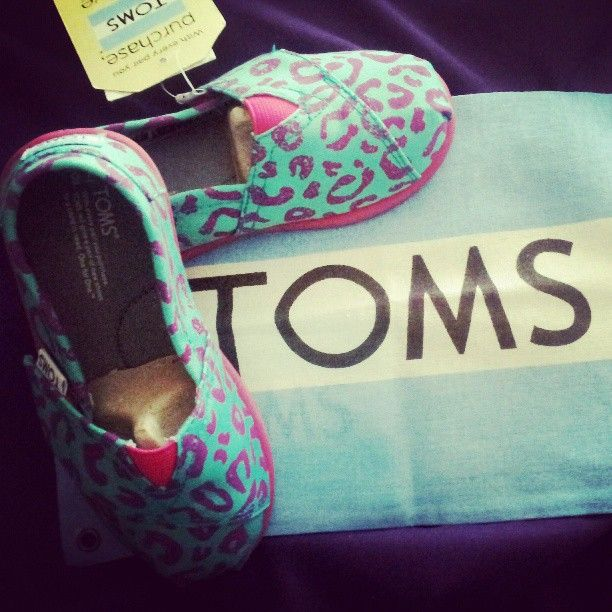 TOMS for baby girls<3