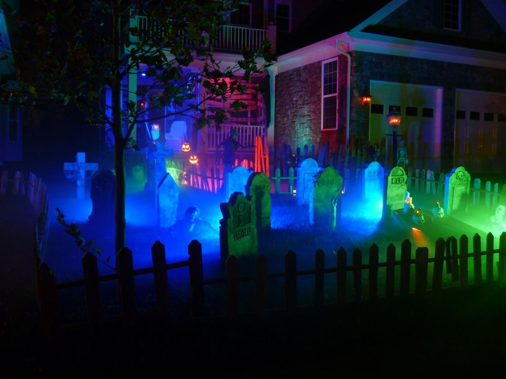 Halloween front garden ideas - Originally Posted By James B I Also Use Cfls Great Cemetery I Love This
