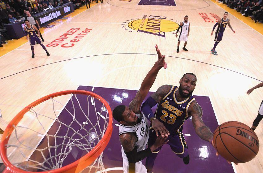 Los Angeles Lakers Vs San Antonio Spurs 3 Players To Watch In Game 25 Lakers Vs Los Angeles Lakers