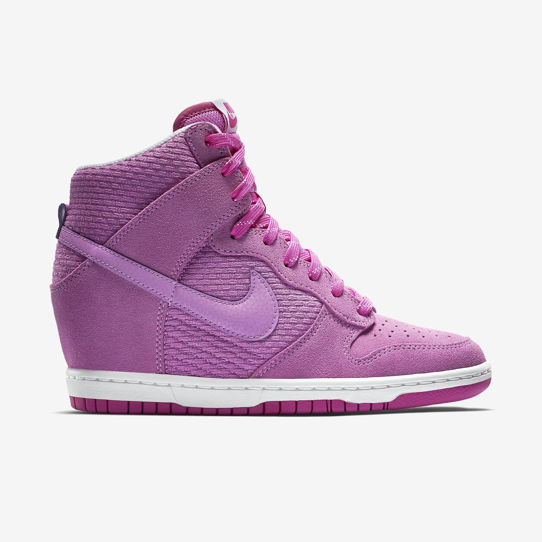 promo code 6bb58 89e02 Nike Dunk Sky Hi Essential Women s Shoe. Nike Store