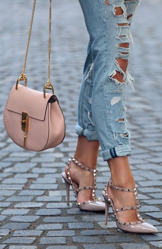 Pin By Alicia Loren On Casual Christian Louboutin Shoes