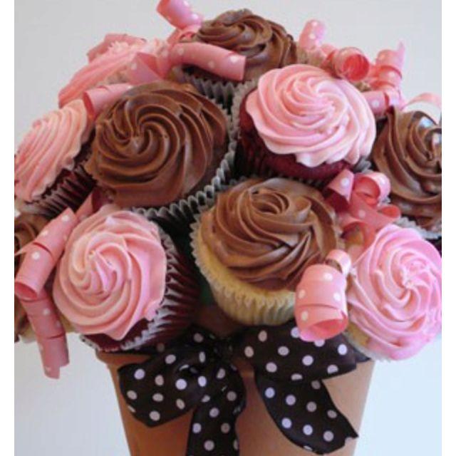 Cupcake flowers in a flower pot | Wedding Ideas | Pinterest ...