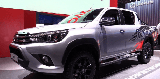 2021 Toyota Hilux Facelift Redesign Specs And Release Date In 2020 Toyota Hilux Toyota New Trucks