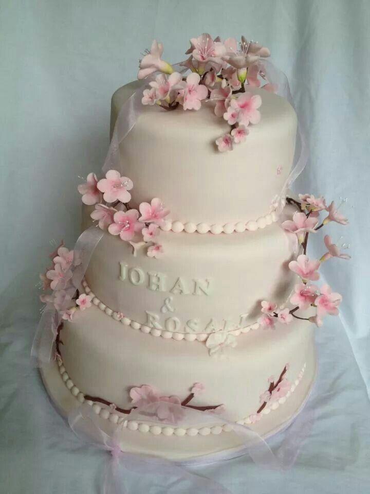 My weddingcake... love it ♡