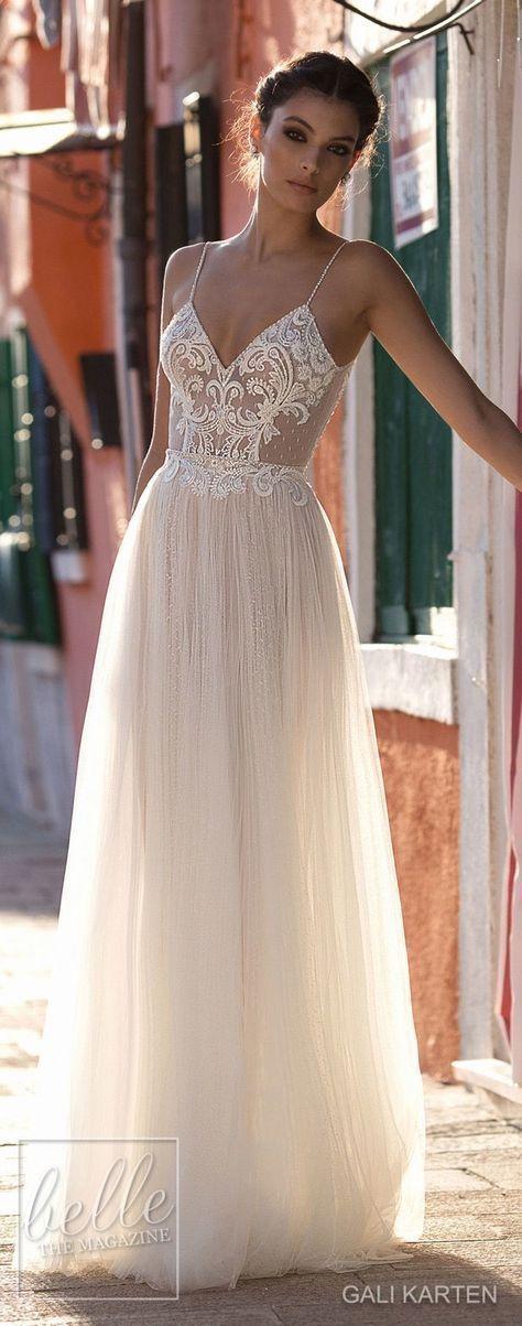 schönes Tüll Boho Hochzeitskleid – Hochzeit und Braut