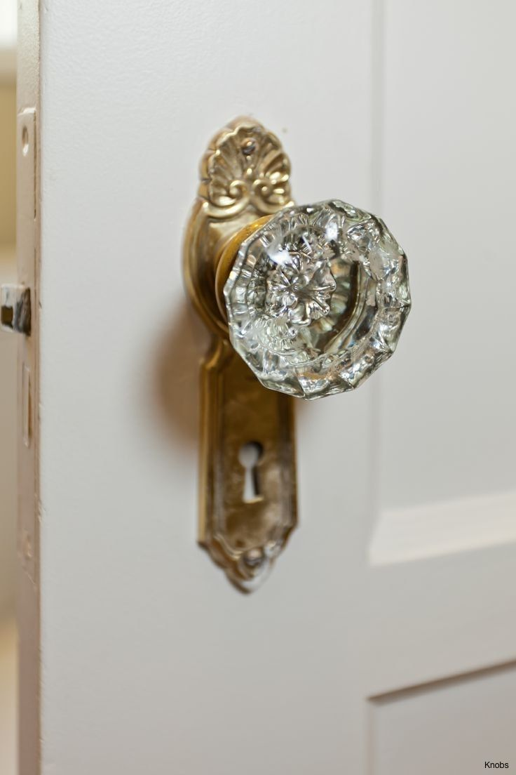 Low Profile Door Knob