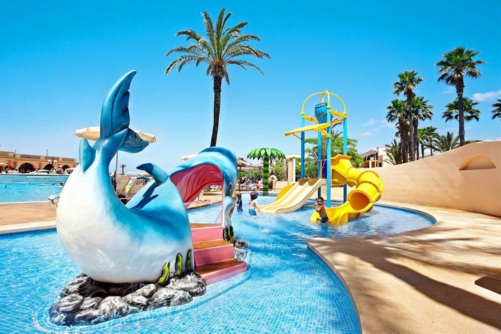 Family Life Mar De Menorca Ssss Menorca Spania Star Tour Tui Norge Menorca Family Friendly Hotels Family Life