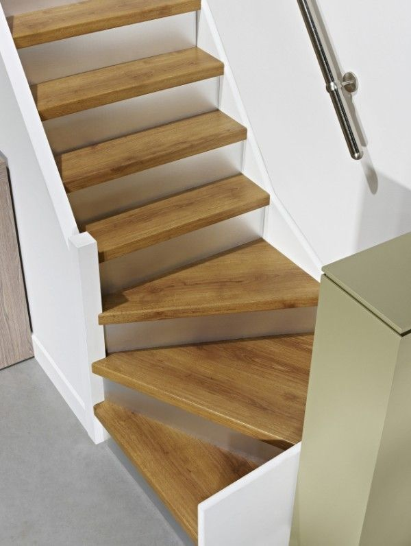 1 4 turn staircase love this for the basement escalier - Kit renovation escalier ...