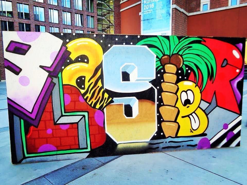 Graffiti Düsseldorf thegbrcrew did their ghettoblaster in düsseldorf germany second the