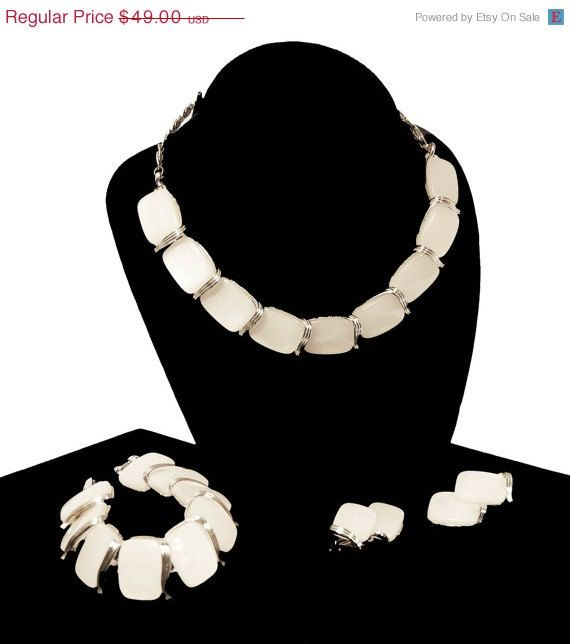 Christmas in July Sale Lisner White Moonglow Set - Necklace, Bracelet & Earrings