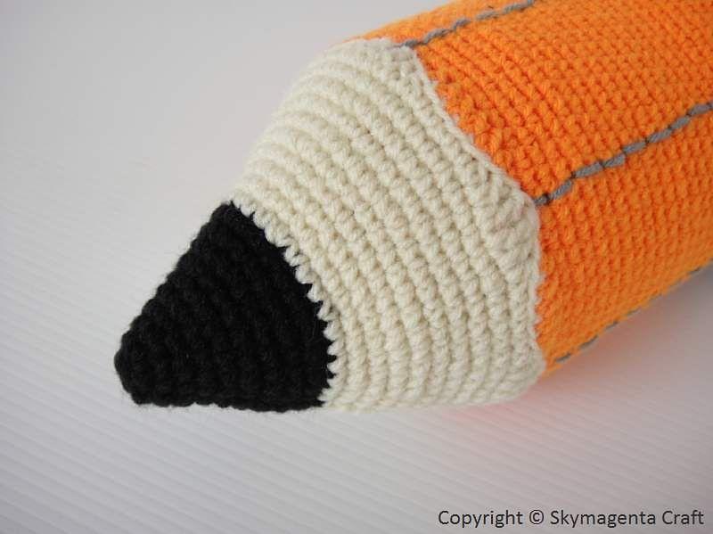 PENCIL - Pencil Case pattern by Sky Magenta | Belenes