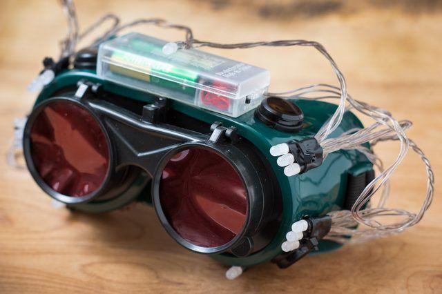 How To Make Cheap Thermal Goggles Techwalla Diy Gadgets Diy Electronics Diy Tech