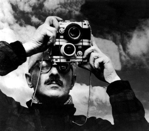 Willy Ronis, autoportrait 1955. @designerwallace