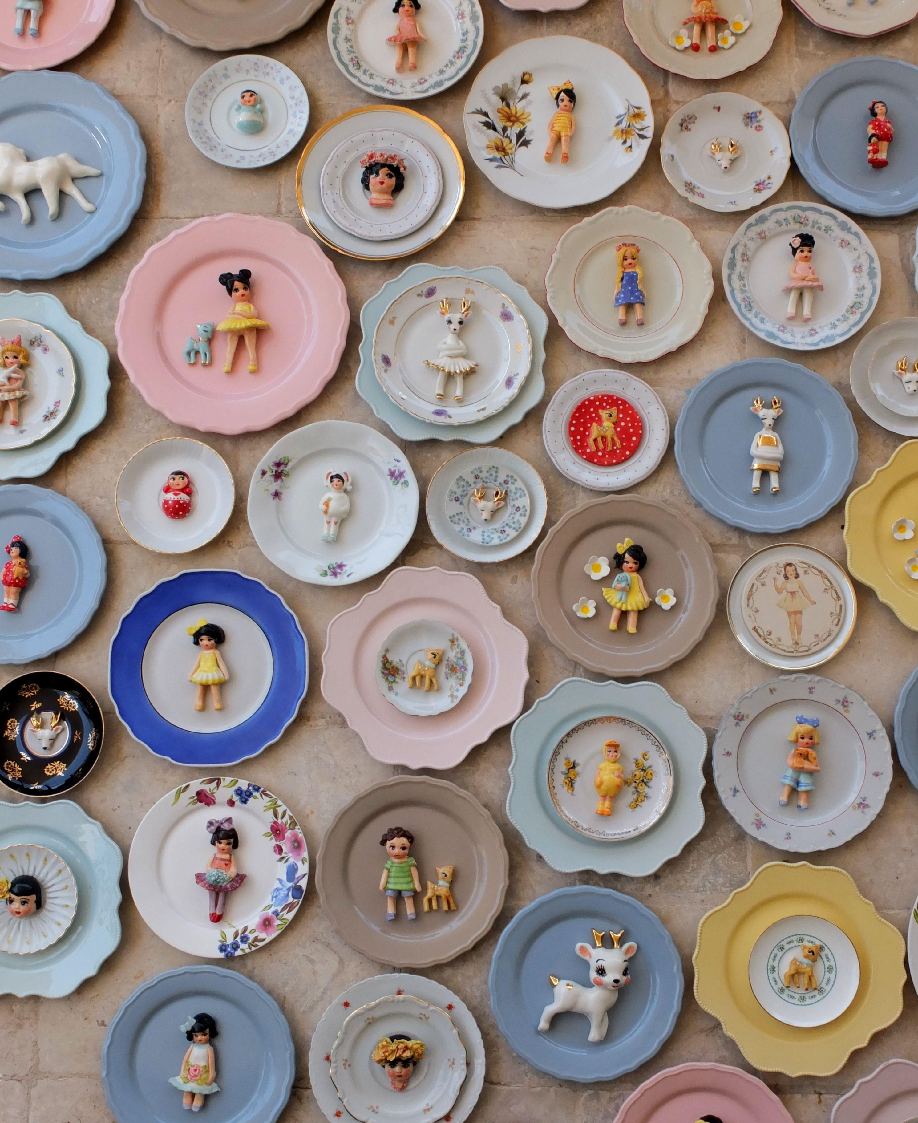 Decorative Hanging Plate , Home Decor , Wall Decor , Vintage Ceramic  Hanging Plate , Decorative