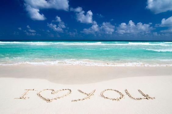 "Say ""I love you"" in Destin Florida!"