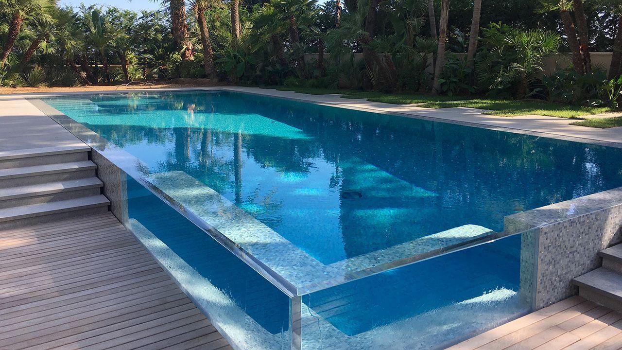 Piscine 14 5 x 5 5 m rev tement mosa que gris bleu et or - Revetement ideal pourtour de piscine ...