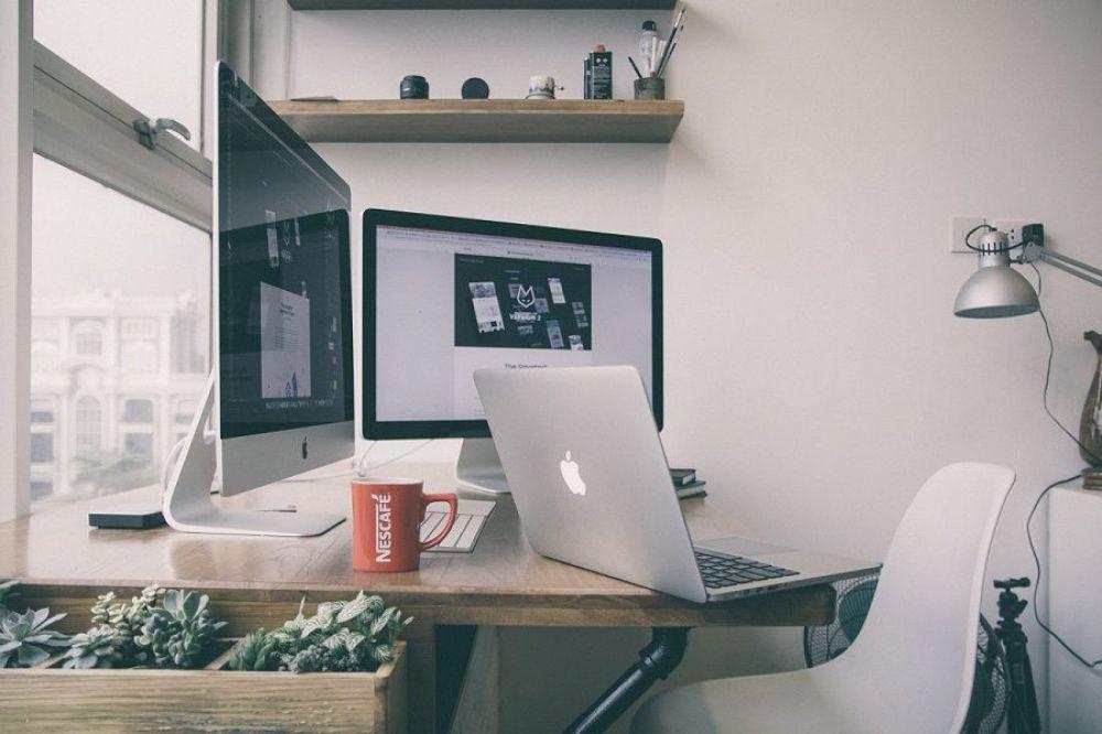 Belkin Miracast Video Adapter Home, Home decor, Furniture