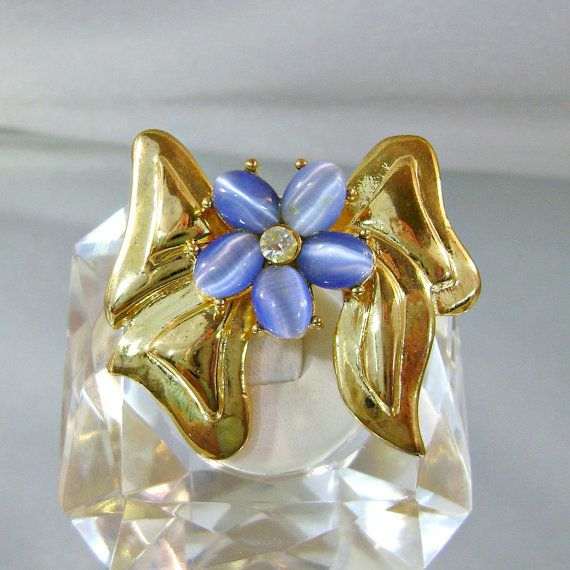 Vintage Bow Brooch  Blue Cat's Eye Rhinestone  Gold Bow by waalaa, $19.99