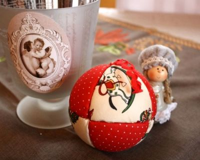 Comment Faire Une Boule De Noel En Tissus Fabriquer une boule de Noël en tissu patchwork | Boule de noel