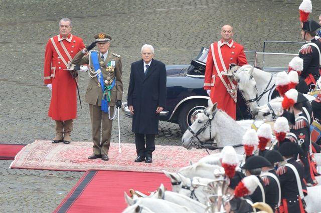 Presidente del Consiglio, il Segretario generale della Presidenza della Repubblica e il Consigliere militare, il Presidente Sergio Mattarella ha passato ...