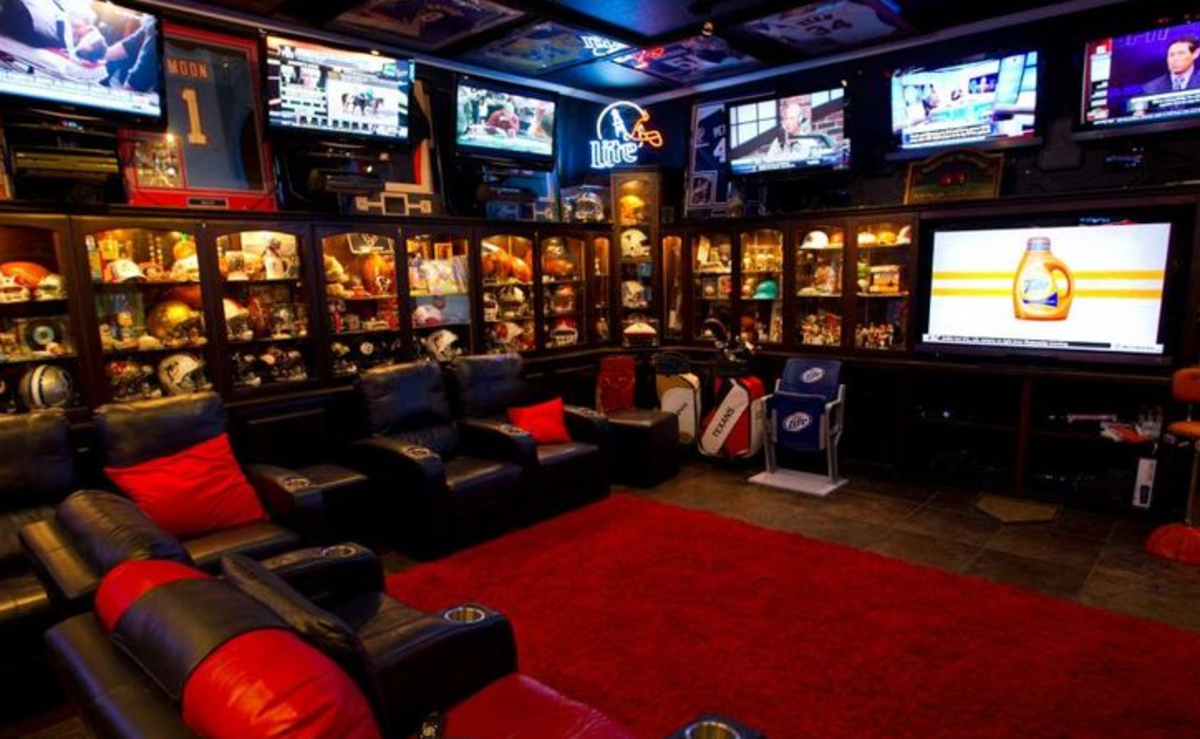 The 33 Best Man Caves You Have Ever Seen Best Man Caves Sports