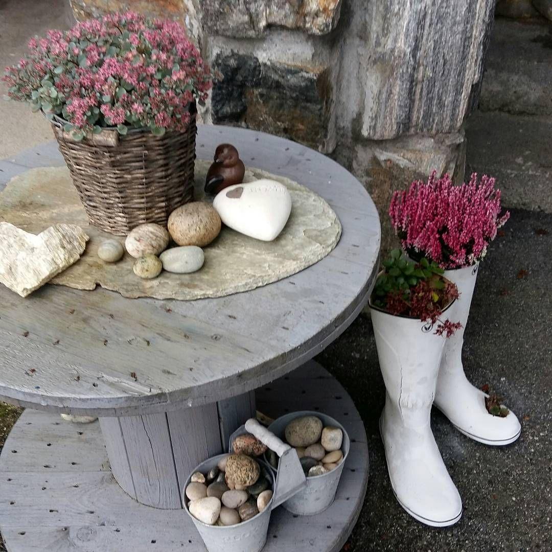 Høst på trappa ha en flott fredag #høst #home #hjem #interiør ...
