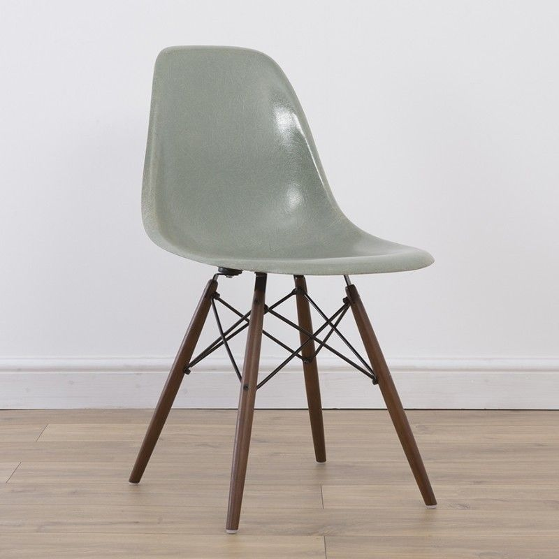 located using retrostart > dsw side chair dinner chair by