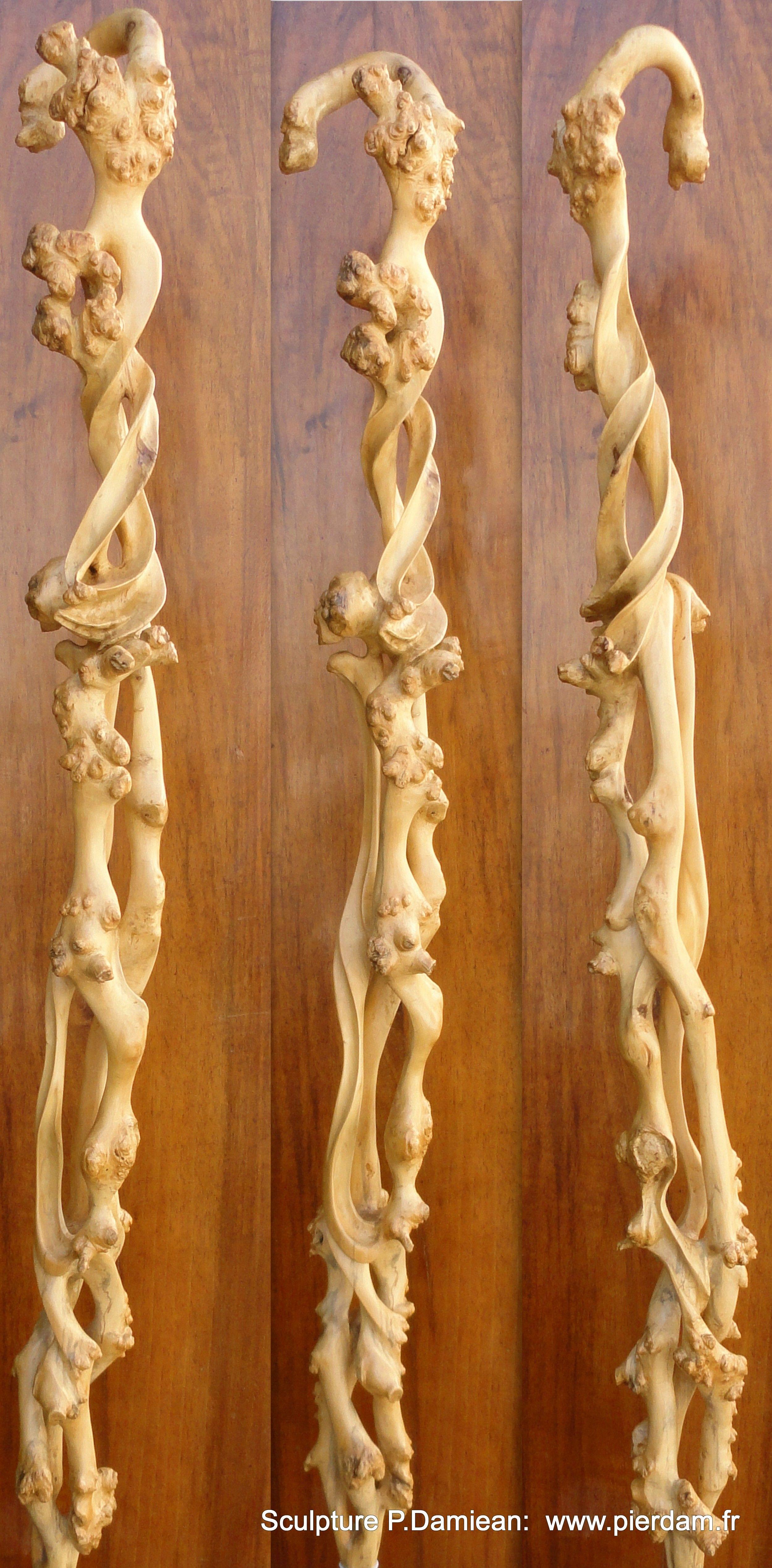 Travail en volutes d un tronc de buis sculpture p