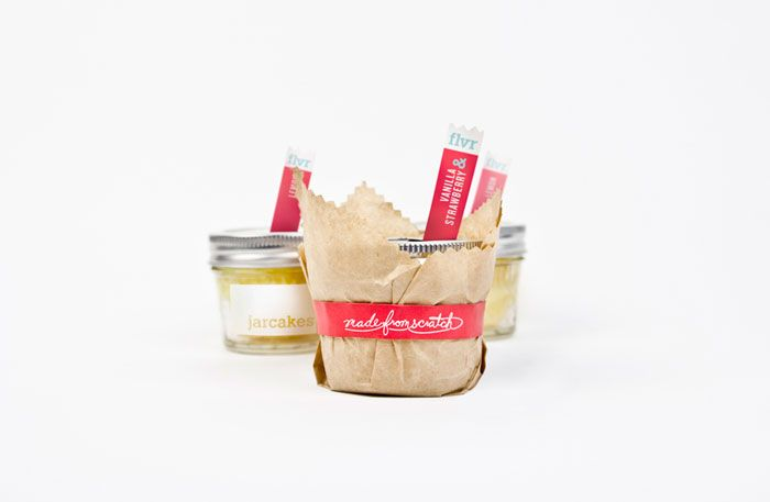 Love the concept - and especially the packaging - of Jarcakes, specialty cakes from scratch, packaged in small jars.