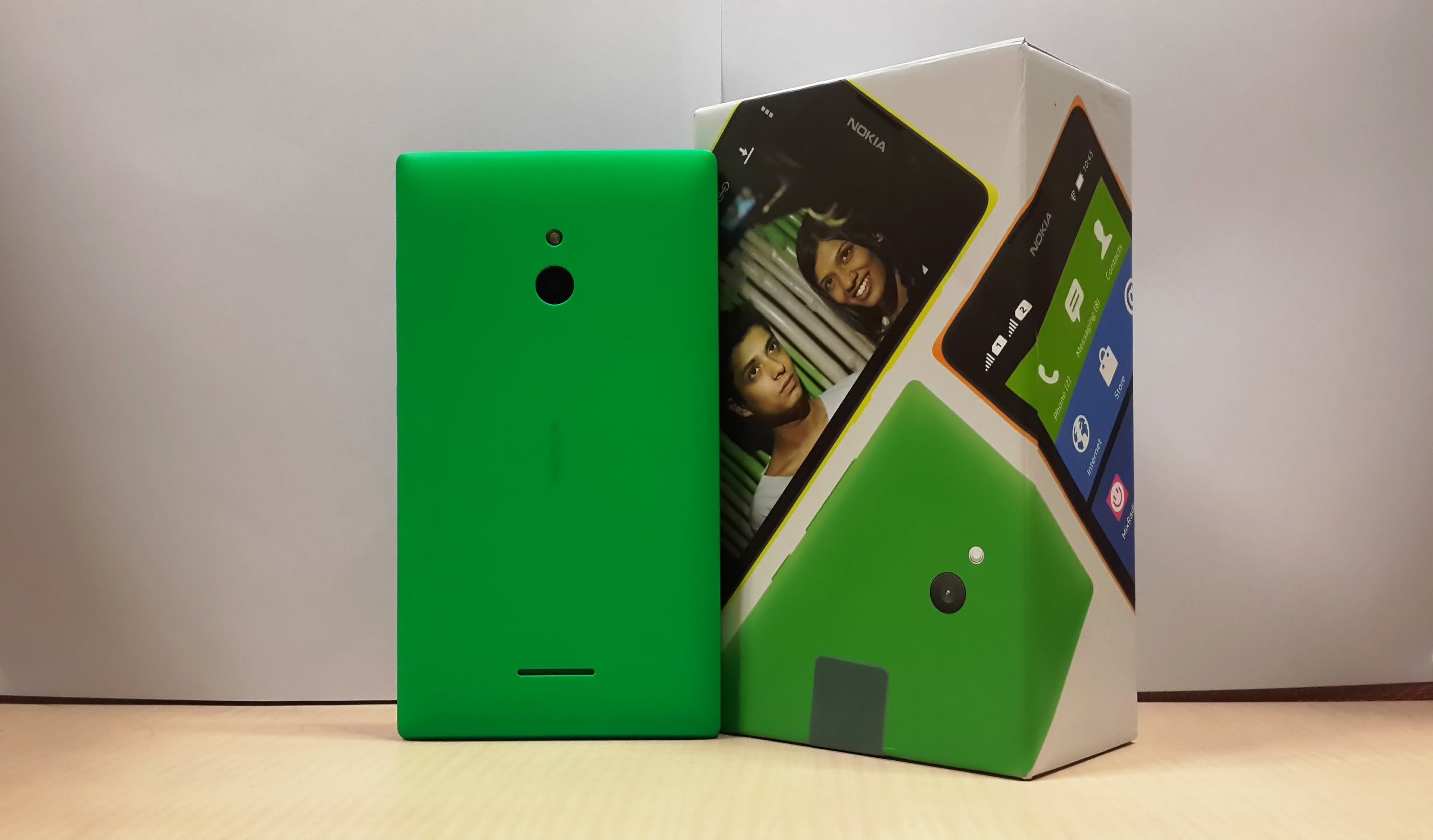Nokia XL Unboxing & Full Review Features, Performance