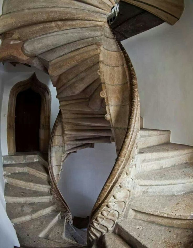 Best Dual Staircase Is Au Lovely Art Belas Escadas 640 x 480