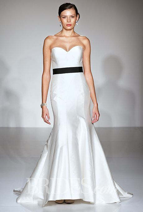 Classic Wedding Gowns for the Over-50 Brides: Part 2   Classic ...
