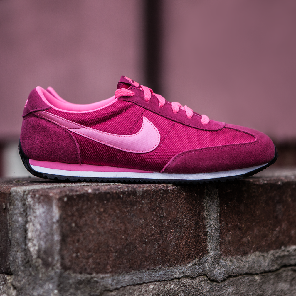 Hot Pink Nike Wmns Oceania Textile 610 Nike Pink Nikes Sneakers Nike