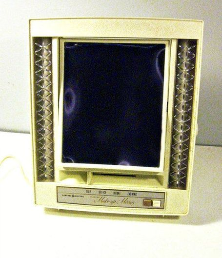 vintage lighted makeup mirror portable | Makeup mirror with lights