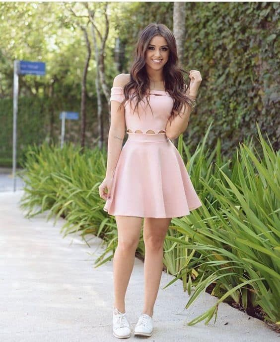¿Cómo Combinar un Vestido Rosa Palo? — [ 20 Looks ]