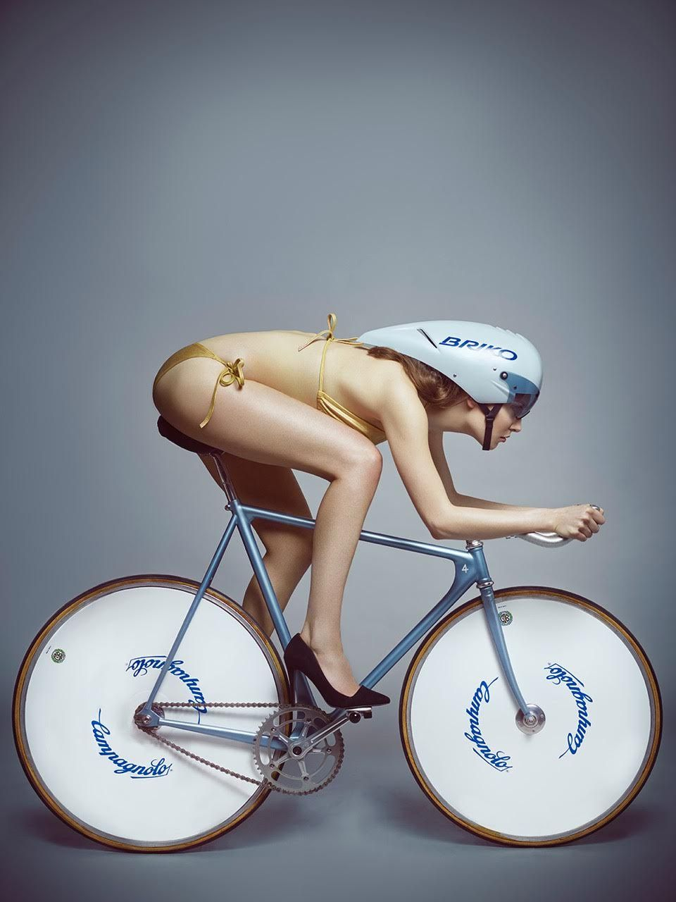 Naked cycle chick