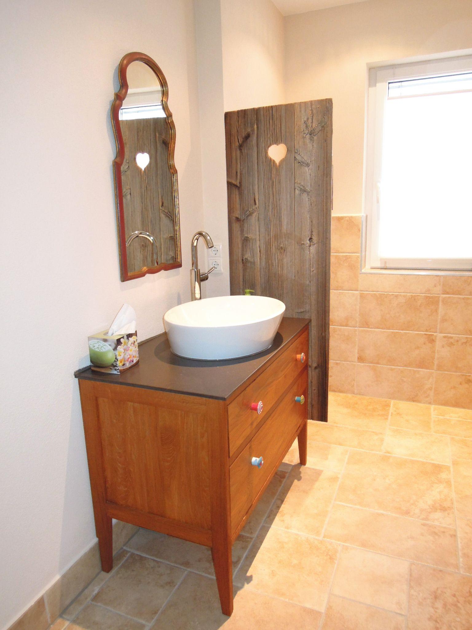 badmöbel in bayern, waschtisch-untergestell in holz mit bunten, Hause ideen