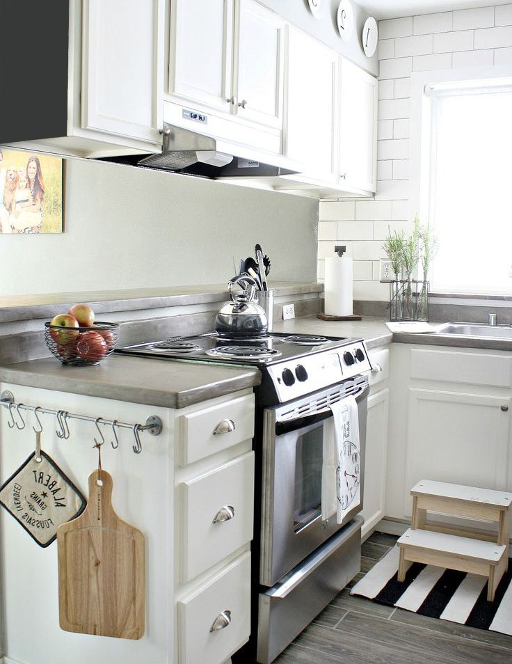 Very small white kitchen small kitchen design and ideas for Very small kitchen remodel ideas