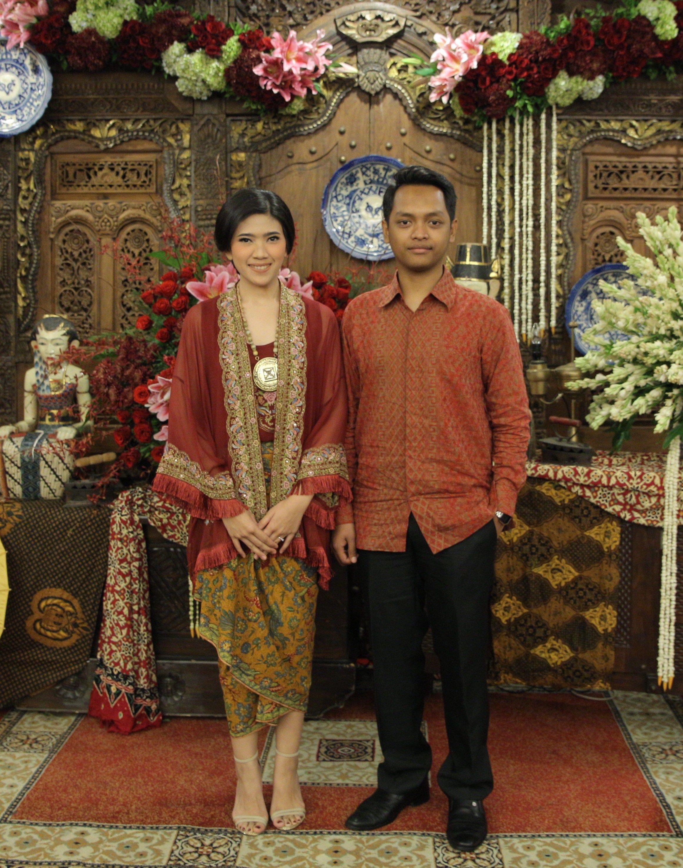 Warna Pakaian Adat Jawa
