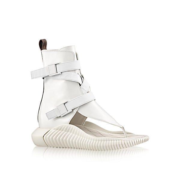 00570e3e9e8 LOUIS VUITTON BAHIA BRAZIL FLAT SANDAL.  louisvuitton  shoes   Slide Sandals