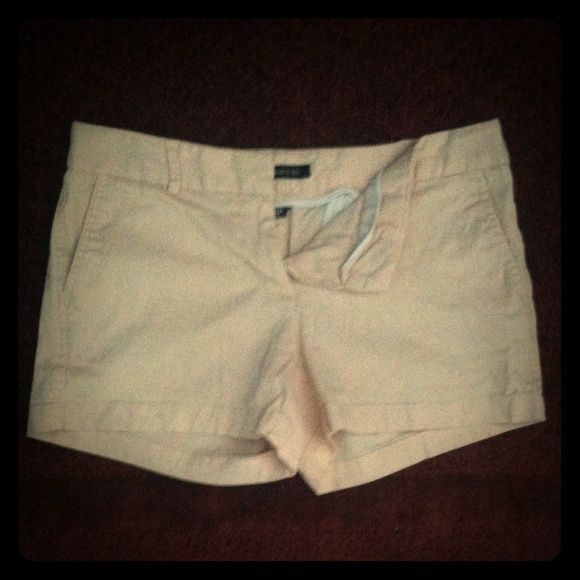 BLUSH CHINO SHORTS Great condition. Worn a couple times but no wear is noticeable. The shorts are a soft blush color with a double hook and eye clasp. Land N Sea Shorts