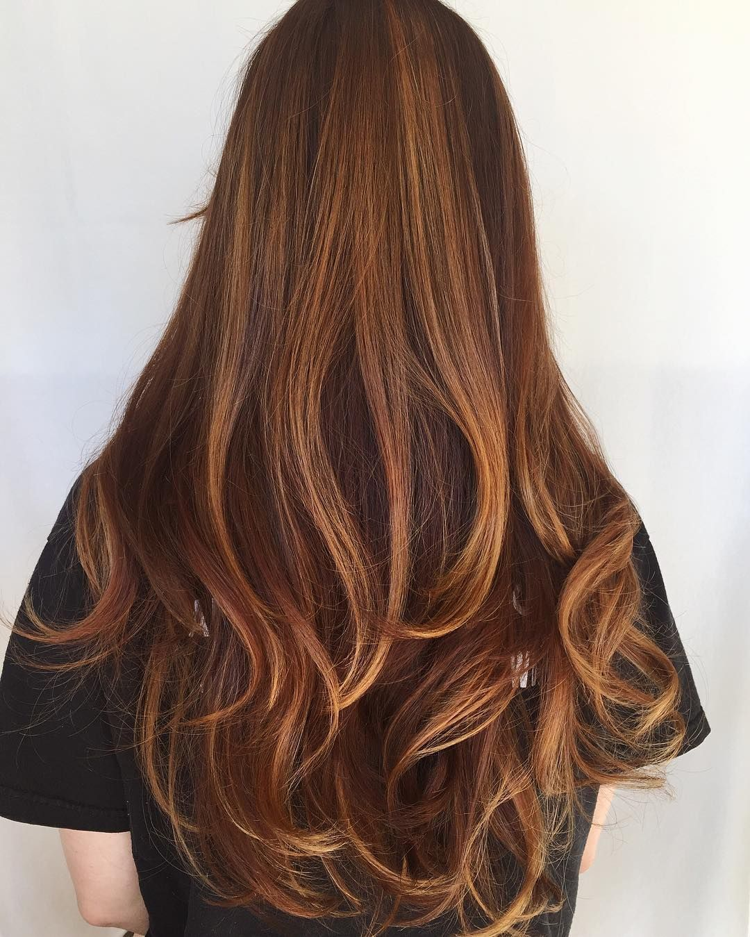 Nutmeg Balayage Got To Transform This Incredible Clients Hair Into Rich Creation That Blend Though After Lying Wellahair Color Touch 25g 7 With