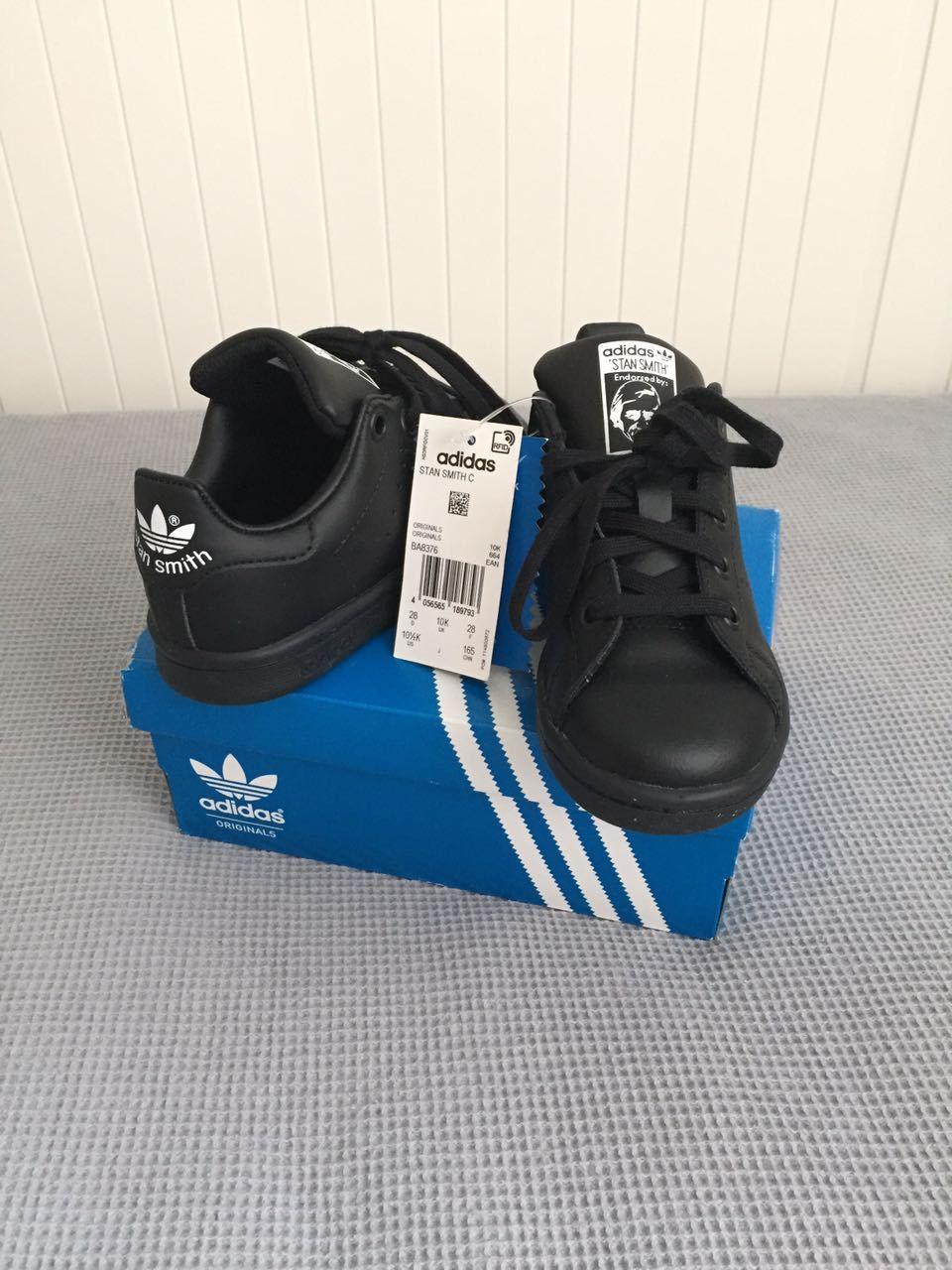 Новые кроссовки Adidas, р.28, 2 900 ₽  kidtobaby  kidtobaby товары ... 9de50f0f043