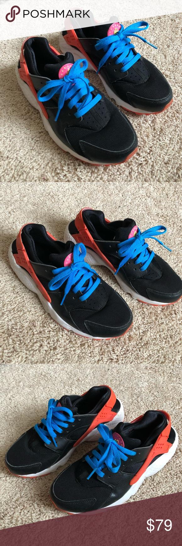 LIKE NEW Nike Huarache Run black red blue sneakers   Nike huarache ...