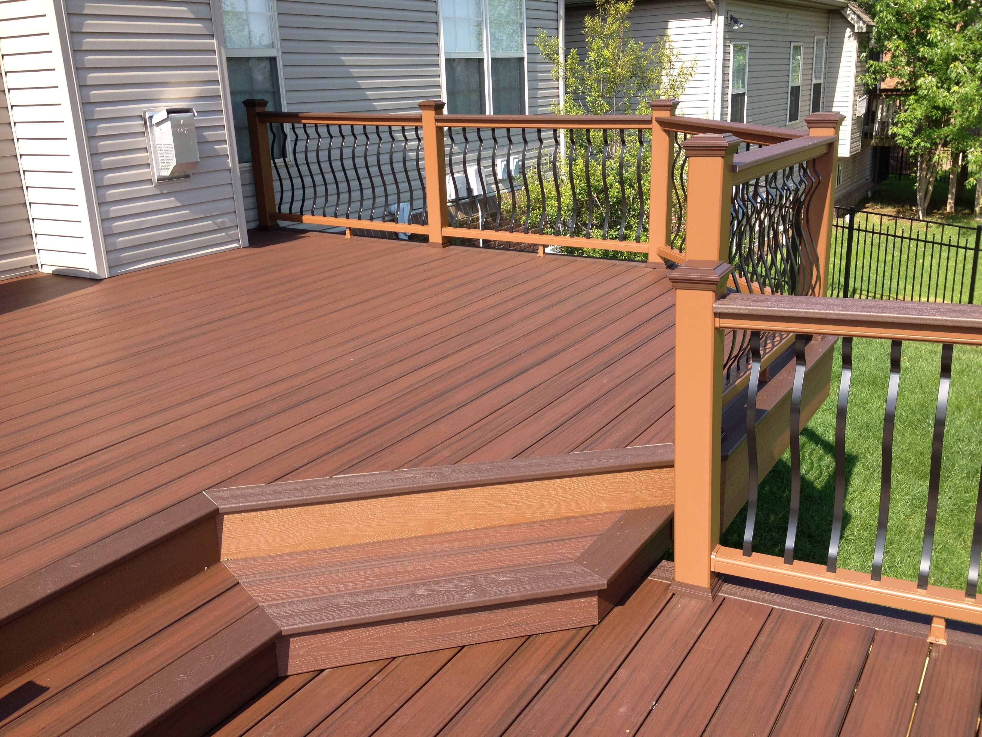 Lava Rock Tropical Finish Decking With Vintage Lantern Accents And Treehouse Posts Tail Rails