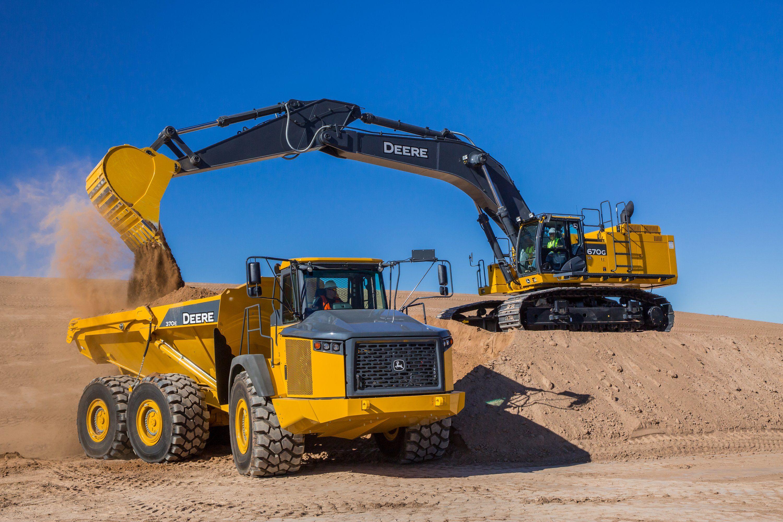 John Deere Enhances 670G LC Excavator with Customer-Driven